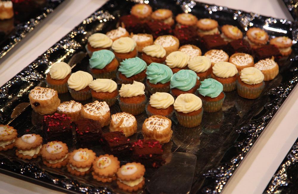 DFDS verwende alle bezoekers met heerlijke zoete gebakjes